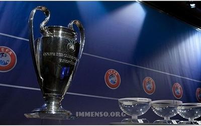 Hidhet shorti i Champions League. Ja grupet