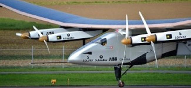 3 dit� reth bot�s, avioni me energji diellore kryen testin me sukses