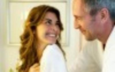 Tradhtia: Përse burrat braktisin gratë për vajza të reja?