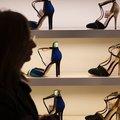 The Guardian: Mashtrimi me këpucët e ''markave'', prodhohen në Shqipëri