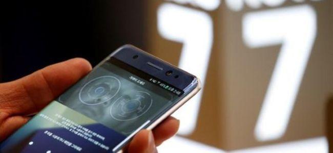 Nëse keni këtë telefon, flakeni menjëherë (video)