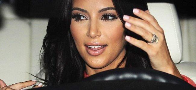 Grabitja, Kim Kardashian i marrin 11 mln USD bizhuteri ?
