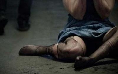 Përdhunoi për 6 orë tranvestitin, policia italiane arreston 32 vjeçarin Shqiptar