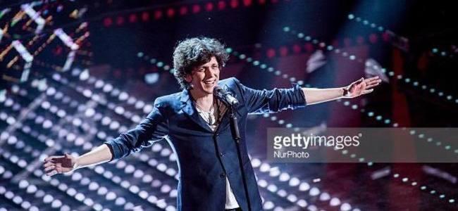 Fitues i tre çmimeve, Ermal Meta triumfon në  Sanremo