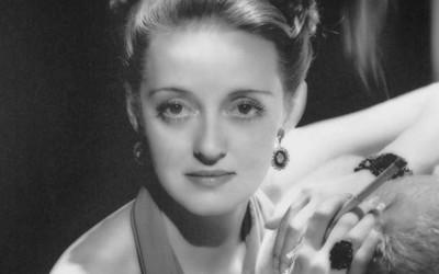Ruth Elizabeth Davis